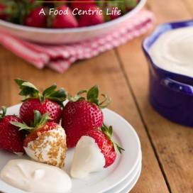 Fresh Strawberries with Honey Vanilla Sour Cream