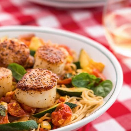 seared scallops with pasta | afoodcentriclife.com
