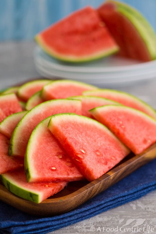 How to cut a watermelon|AFoodCentricLife.com