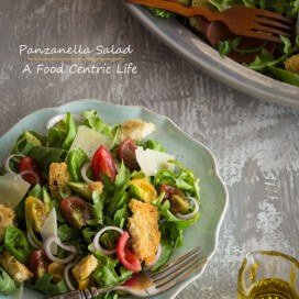 Panzanella salad|AFoodCentricLife.com