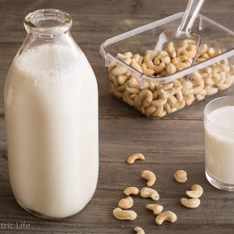 Homemade Cashew Milk|AFoodCentricLife.com
