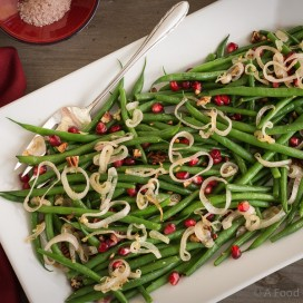 Thanksgiving Green Beans|AFoodCentricLife.com