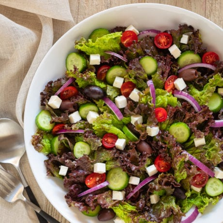 leafy green greek salad | afoodcentriclife.com