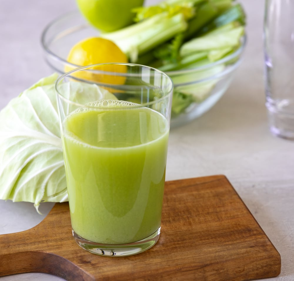 green cabbage celery juice   afoodcentriclife.com